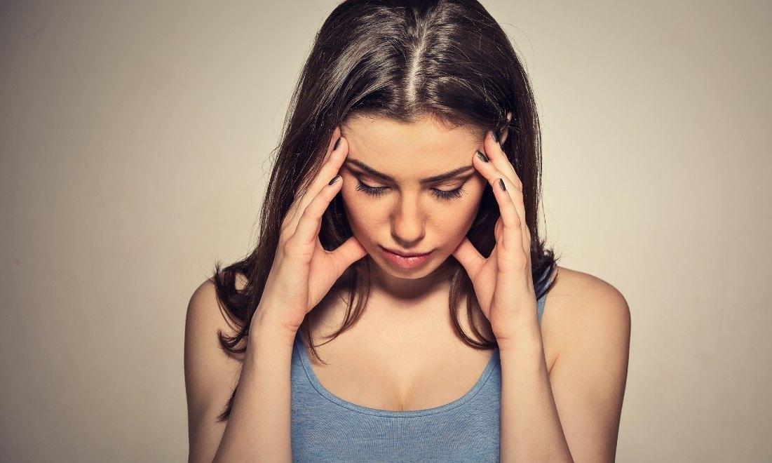 Як стрес впливає на стан нігтів